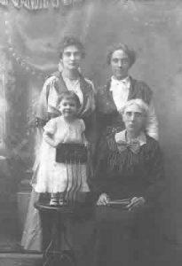 Ramey females 1916