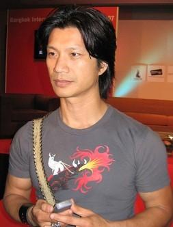 Vietnamese-American-actor-Dustin-Nguyen