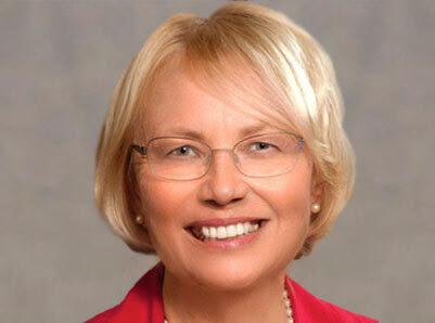 Dr Joan Bennett